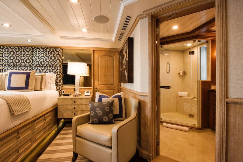 Blu 470 master's cabin