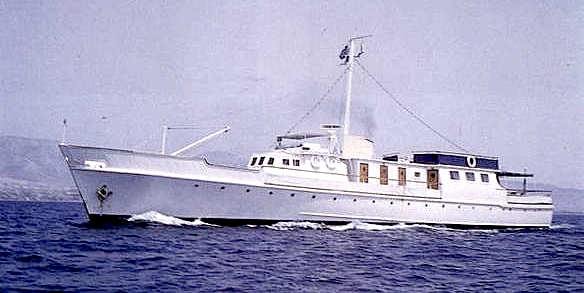 Fairmile yacht Golden Arrow