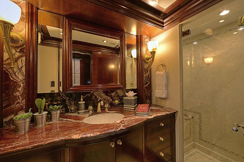 Zoom Zoom Zoom yacht bathroom
