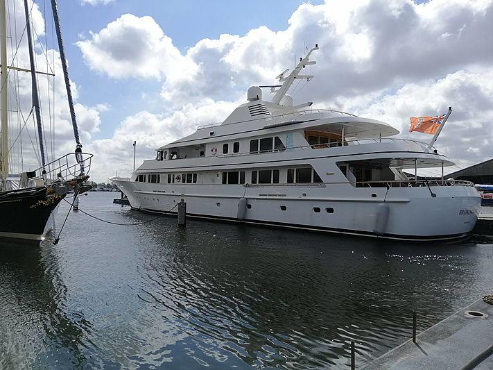 Broadwater yacht at Huisfit Amsterdam
