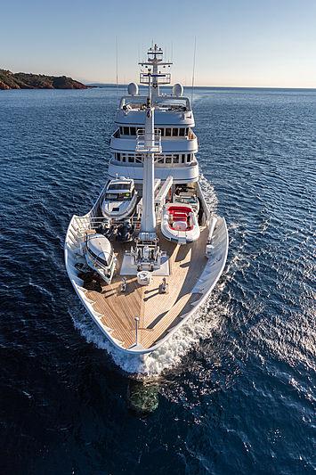 Grand Rusalina yacht cruising