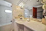 Elisa yacht bathroom