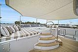 Elisa yacht jacuzzi