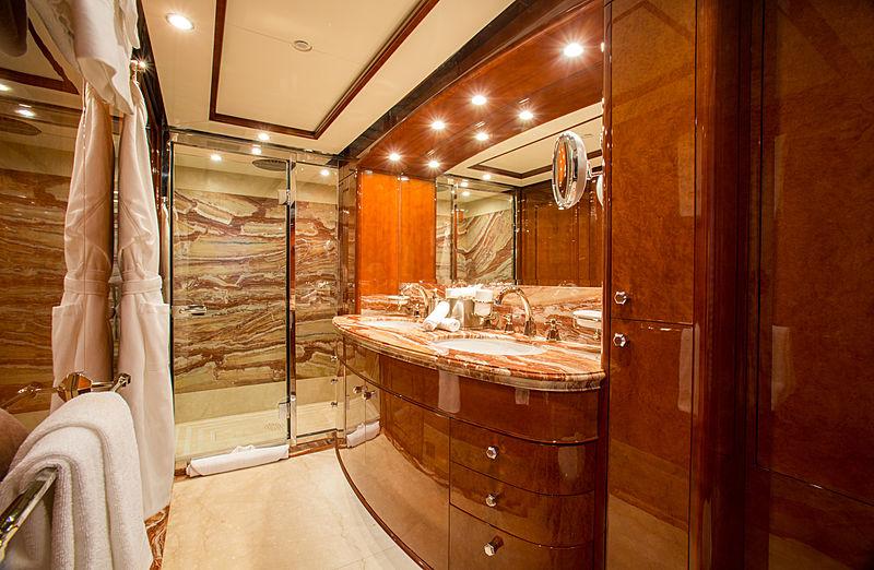 Checkmate yacht bathroom