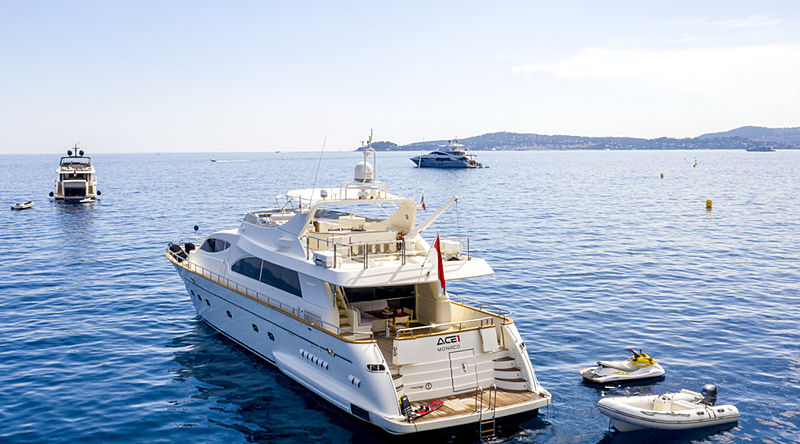 Ace1 yacht anchored