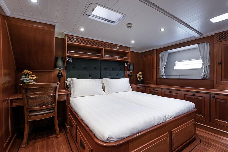 Path yacht vip cabin
