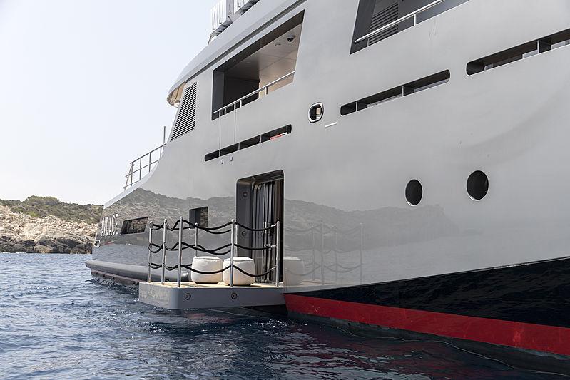 Audace yacht exterior