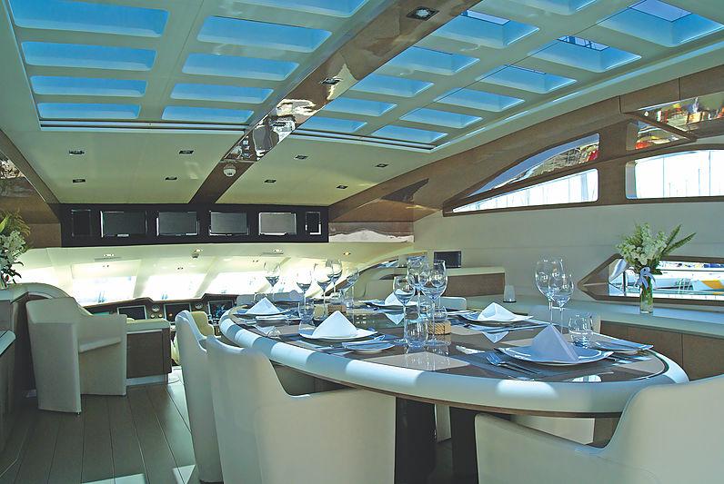 RL Noor yacht dining room