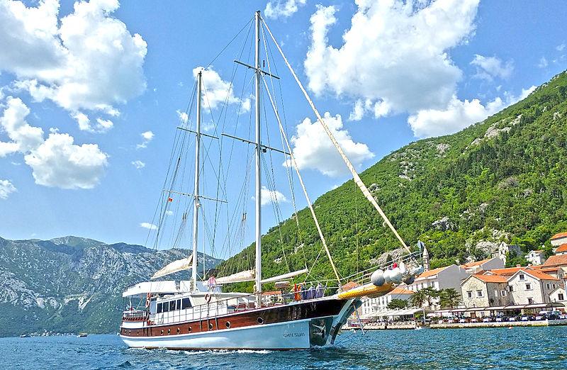 White Swan yacht cruising