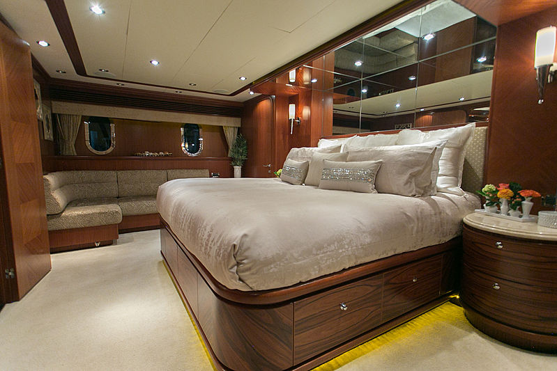 Beachfront yacht master cabin