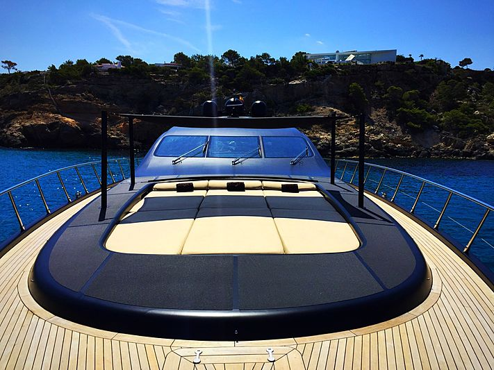 Neoprene yacht fore deck