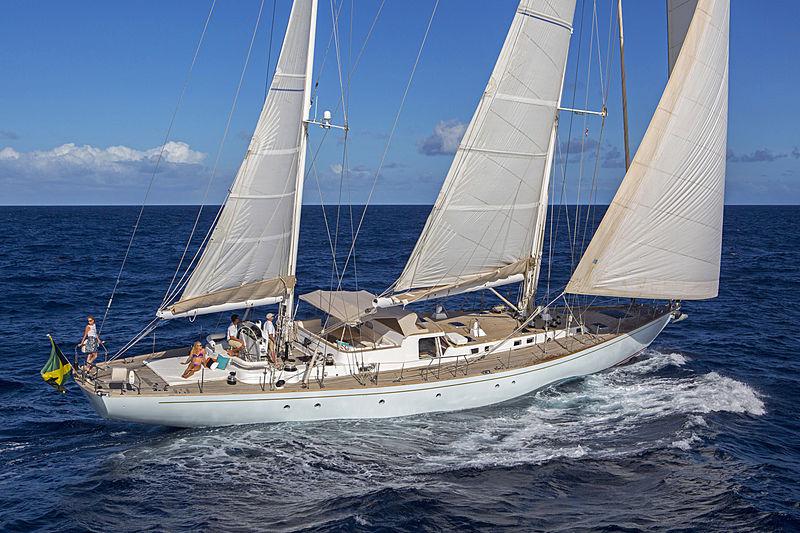 Jupiter yacht sailing