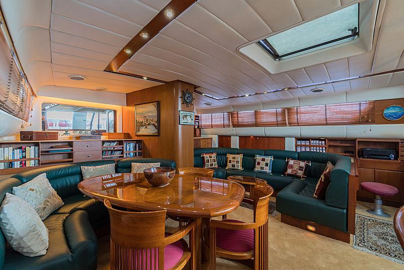 Taronga yacht saloon