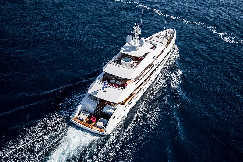 Home yacht by Heesen cruising off Portofino