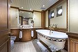 Scout II yacht master bathroom