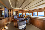 Scout II yacht owner's office