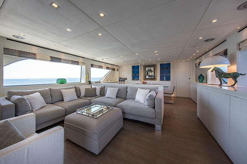 Saspa yacht interior