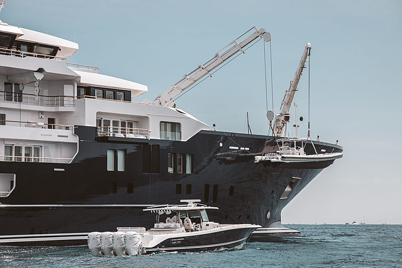 Ulysses yacht in Saint-Tropez