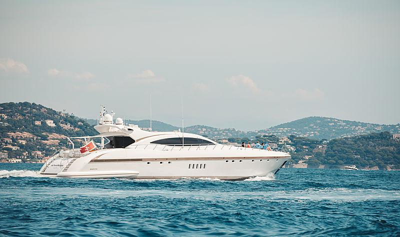 Fatamorgana yacht in Saint-Tropez