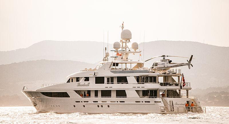 Boardwalk yacht in Saint-Tropez