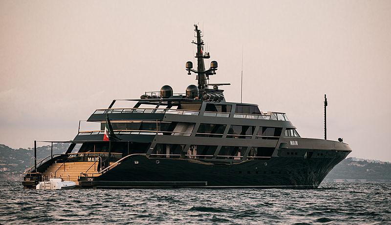 Main yacht in Saint-Tropez