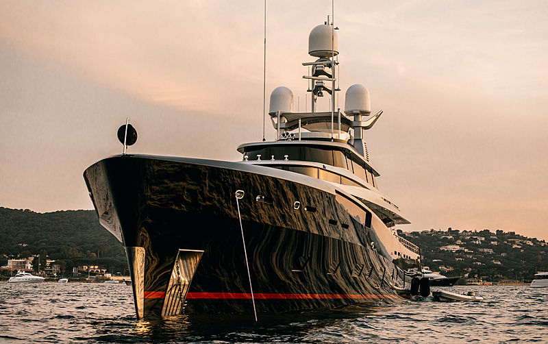 Kiss yacht in Saint-Tropez
