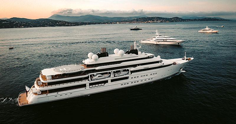 yacht in Saint-Tropez