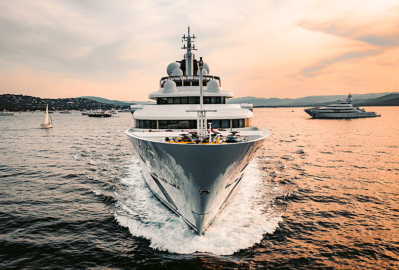 Katara yacht in Saint-Tropez