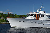 Aurore yacht cruising