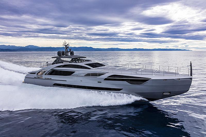 Chorusline yacht cruising