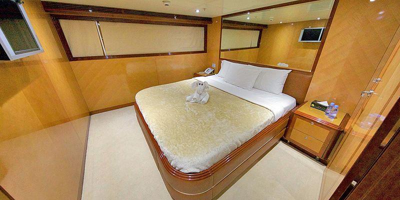 Moonlight yacht stateroom