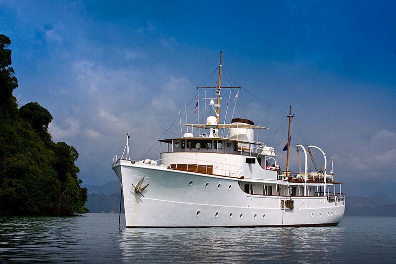 CALISTO yacht Astoria Marine