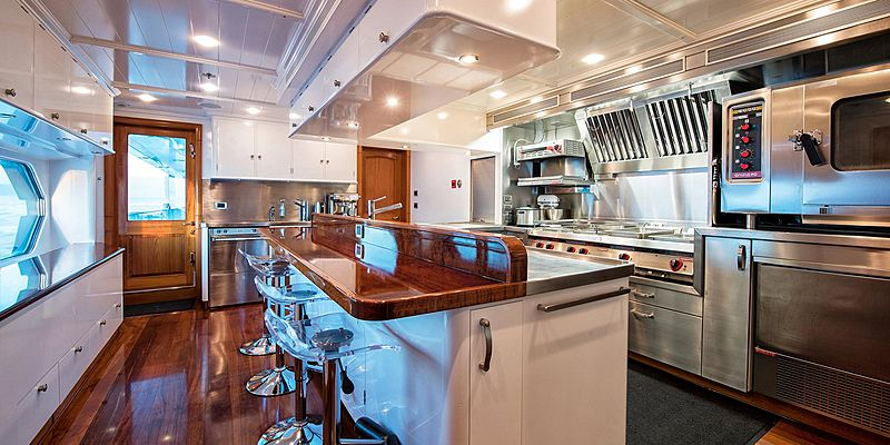 T6 yacht galley