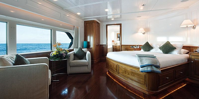 T6 yacht stateroom