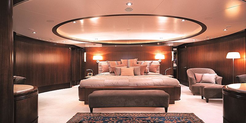 More yacht master cabin