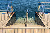 Tis yacht stern platform
