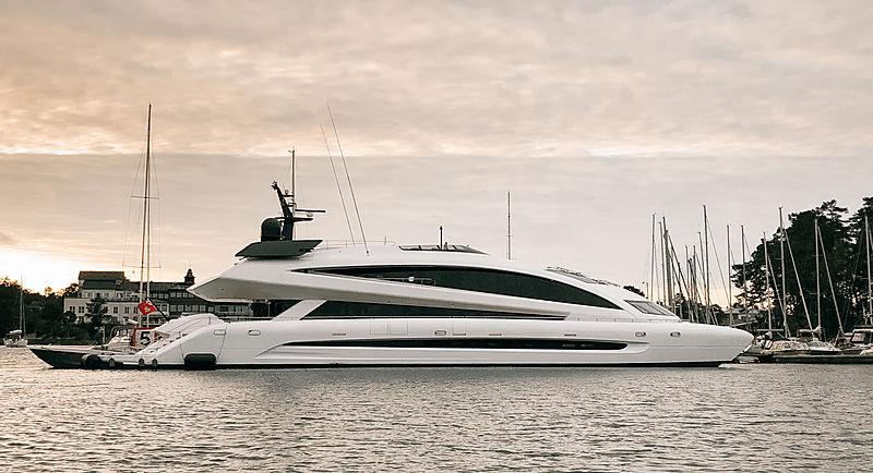 Royal Falcon One yacht