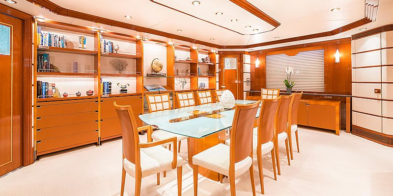 Andrea yacht dining table