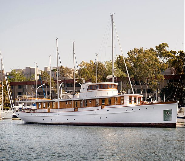 SOBRE LAS OLAS yacht Wilmington Boat Works