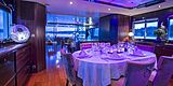 Paolyre yacht dining