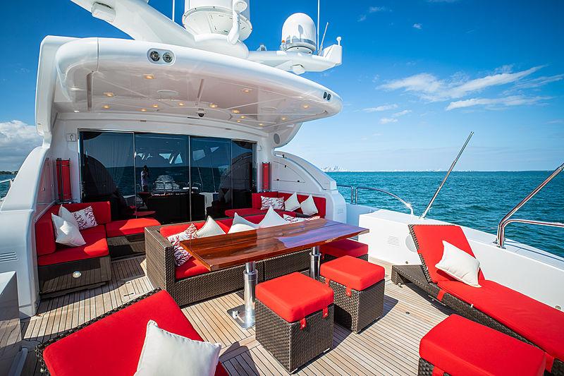 Asaska yacht aft deck