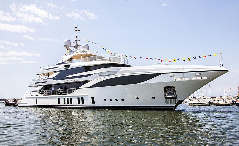 Benetti yacht Bacchanal launch in Viareggio