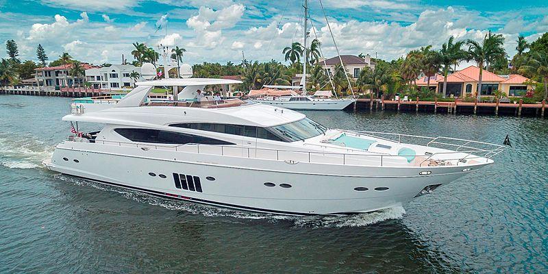 Cristobal yacht cruising