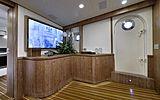 Bully yacht interior
