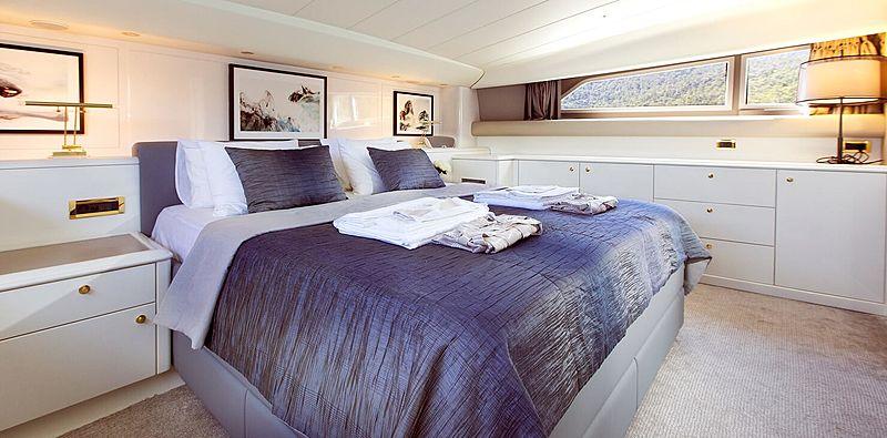 Pozitron yacht stateroom