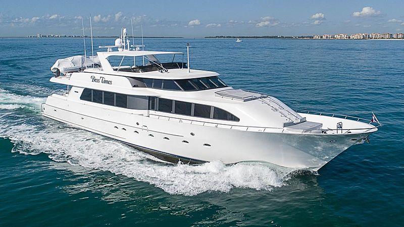 CHECKERED PAST yacht Westport