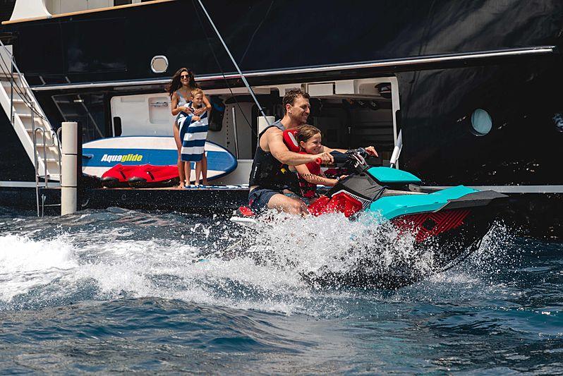 Robbie Bobby yacht tender