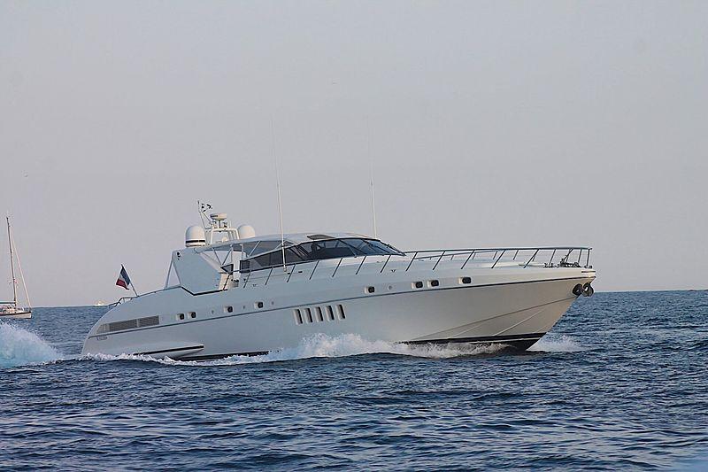 TAKE OFF yacht Overmarine