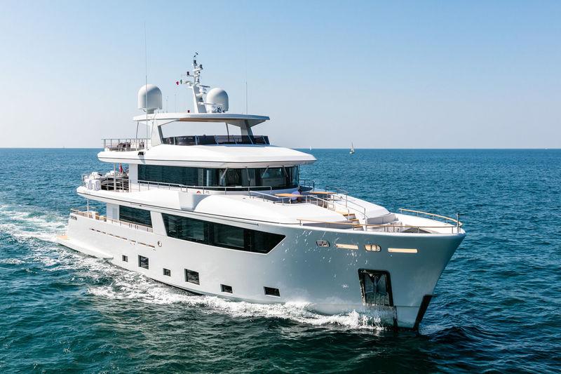 NARVALO yacht CdM