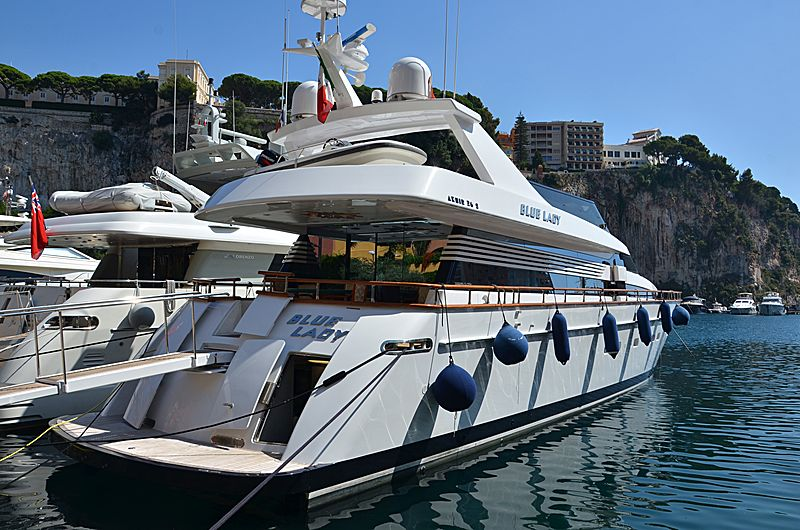 Blue Lady yacht in Fontvieille